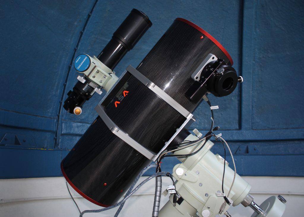 Télescope ASA 250mm sur monture EM400