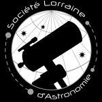 Logo SLA noir et blanc fond noir